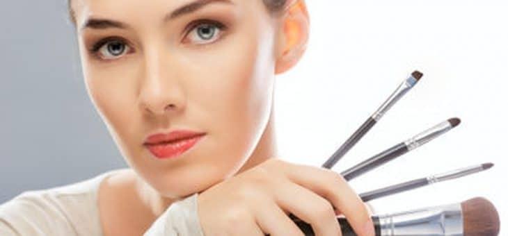 Comment se maquiller en fonction de la forme du visage ?