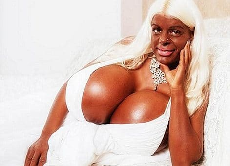 Insolite : Martina Big ou la « Barbie exotique » !